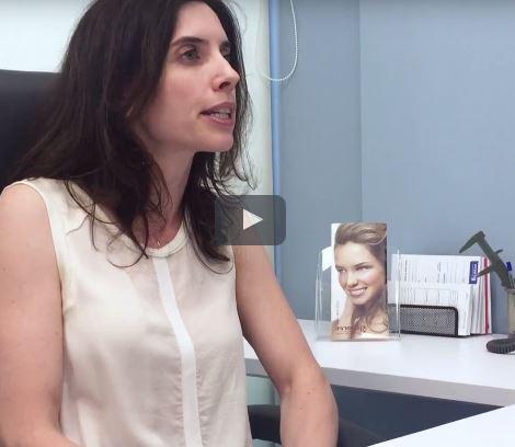 """ד""""ר אואנה מאייר עונה לשאלות על ניתוח הגדלת חזה בפרופורציה"""