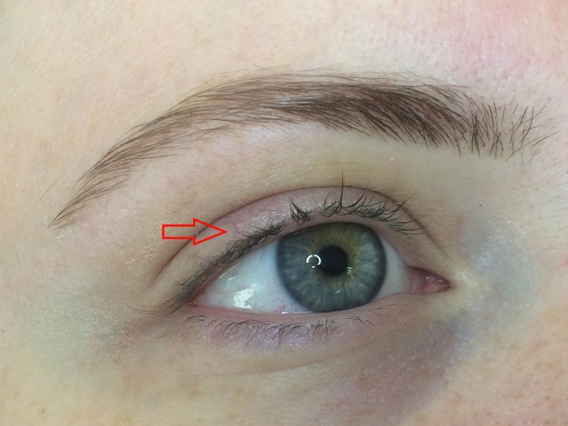 לפני איפור קבוע לעיניים בפרופורציה